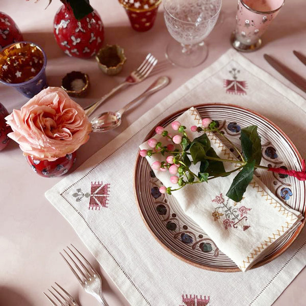 OTTOMAN CARNATION PLACEMAT