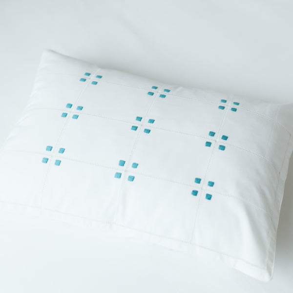SQUARE AJOUR CUSHION COVER Cushion care-guide-delicate-40, Hand Embroidered, Moodphotos missing, Variant Photos missing