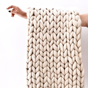 Chunky Blanket, Chunky throw, knitting, decor, bedroom, beige, blush, white, wool, grey, minimalist   N I C K E L . N . C O