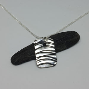 Wave Impress Pendant Necklace