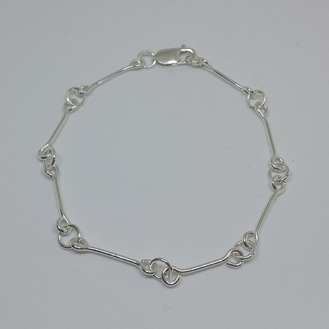 Bar & Ring Chain Bracelet