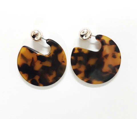 Earrings Round brown stud earrings - Living in Style with Olga