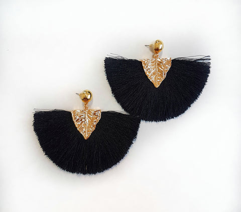 Earrings Gold leaf tassel earrings, black. - Living in Style with Olga
