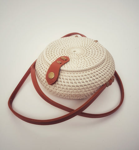 Clutch Ethnic rattan round basket bag, cream - Living in Style with Olga
