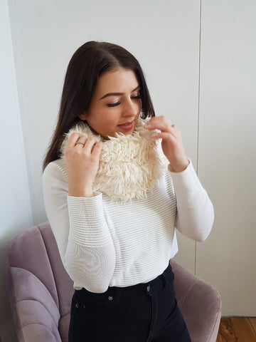 Fluffy snood scarf, cream.