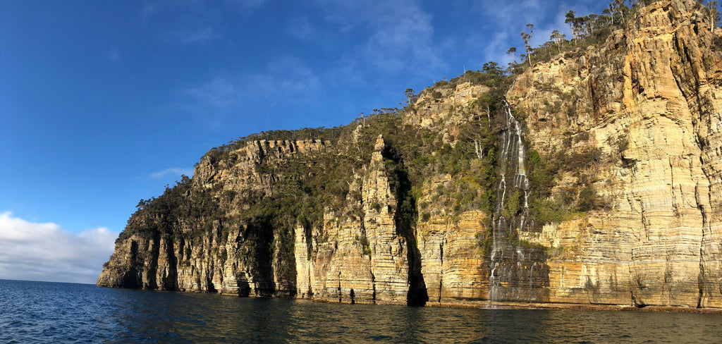 Waterfall Bay Eaglehawk Neck with Go Dive Tasmania