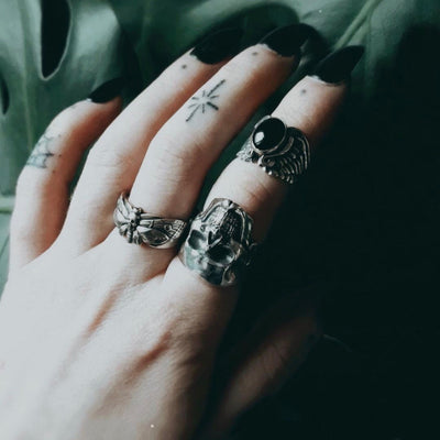 Sizing and Styling a Midi Ring