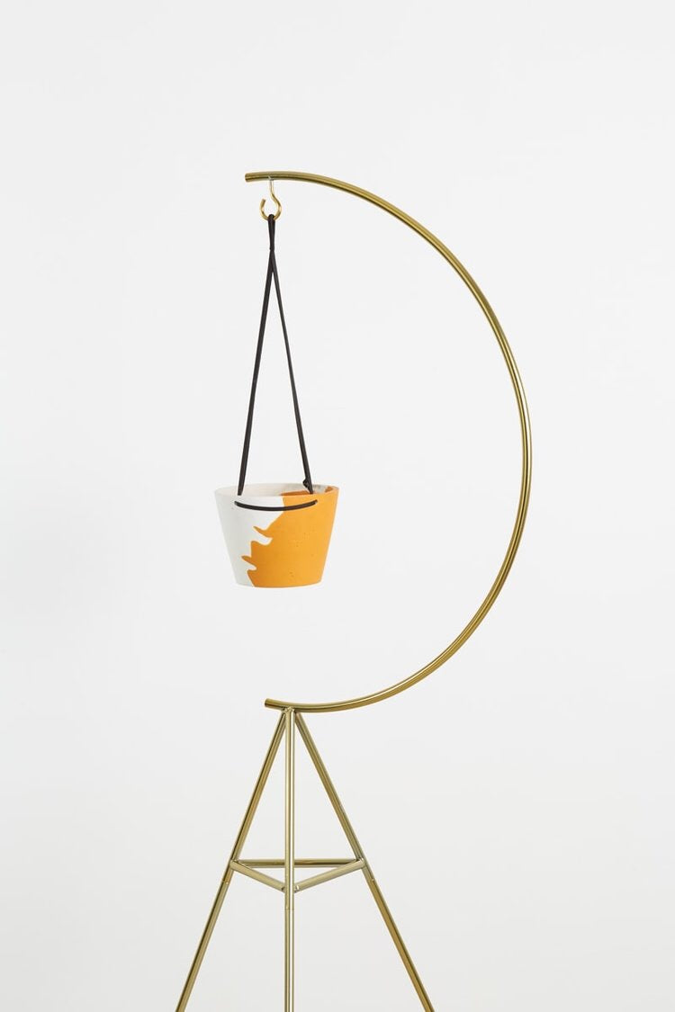 'Capra Designs' Hanging Pot Even-Steven Ochre/White