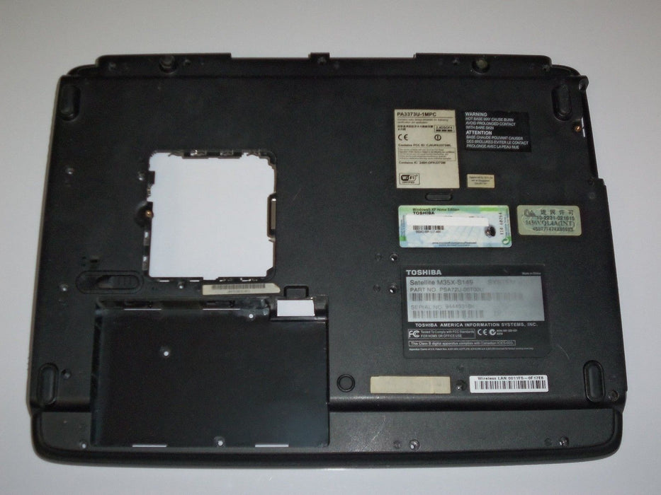 Toshiba Satellite M35X Bottom Case K000019260