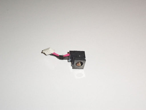 Toshiba Satellite R15 Genuine DC-IN Power Jack w/Cable
