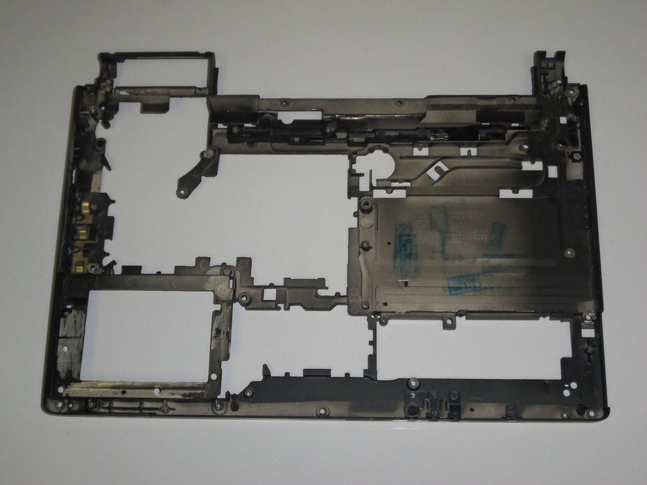 Dell Studio XPS 1340 Bottom Case G889F