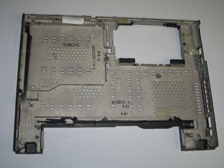 Toshiba Satellite U205 Bottom Case GM9022313