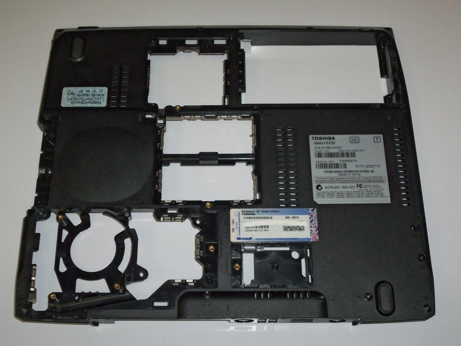 Toshiba Satellite A15 Bottom Case PM0011319