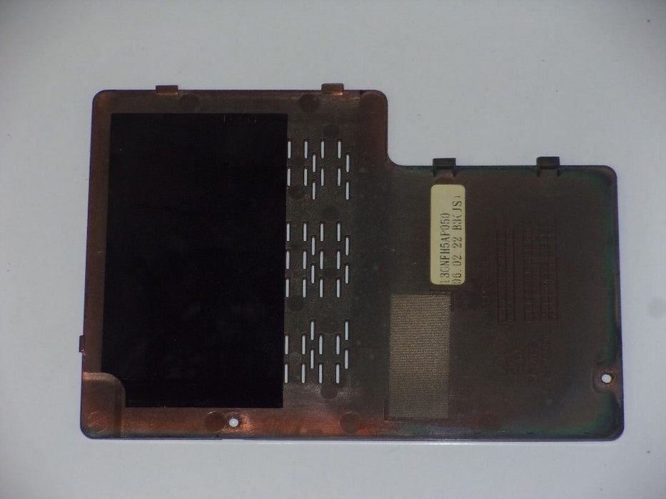 Asus A6000 A6JA RAM Cover Door 13GNFH5AP050 - Discountedlaptopparts