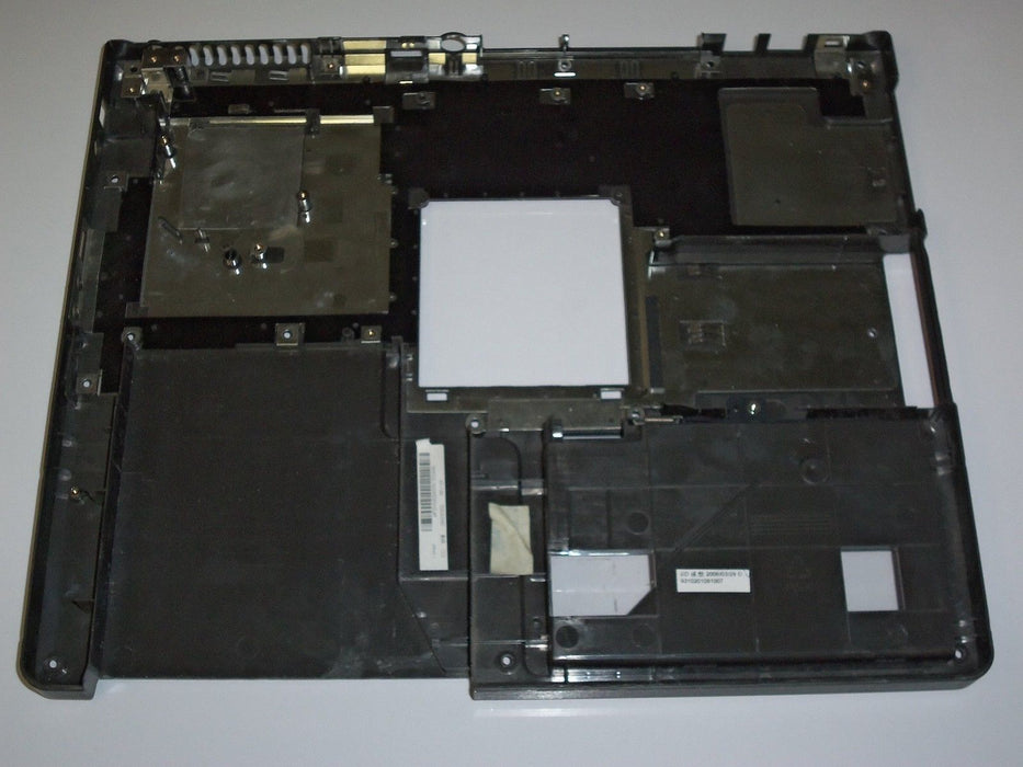 IBM Lenovo 3000 C100 Bottom Case APZHS000400