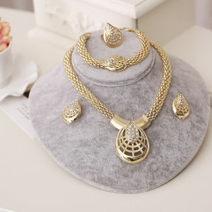 2018 New Fashion African Beads Jewelry Set Exquisite Carved Dubai gold Jewelry Set Nigerian Wedding Bridal Bijoux