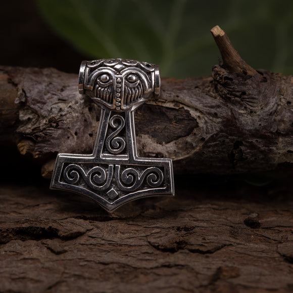 Thor's Hammer Pendant 925s Silver
