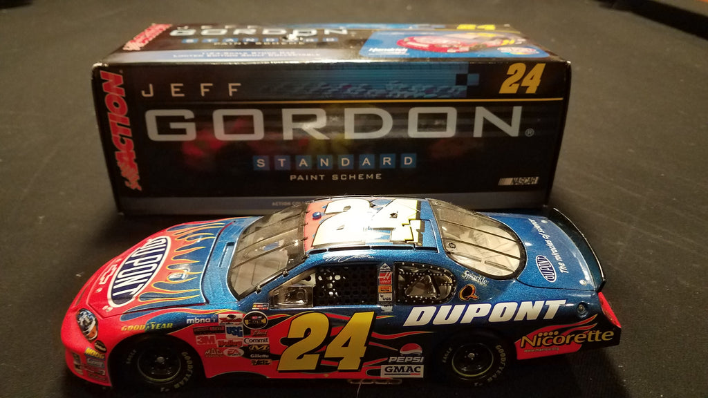 Autographed Jeff Gordon Nascar 1:24 2006 Monte Carlo in Original Box