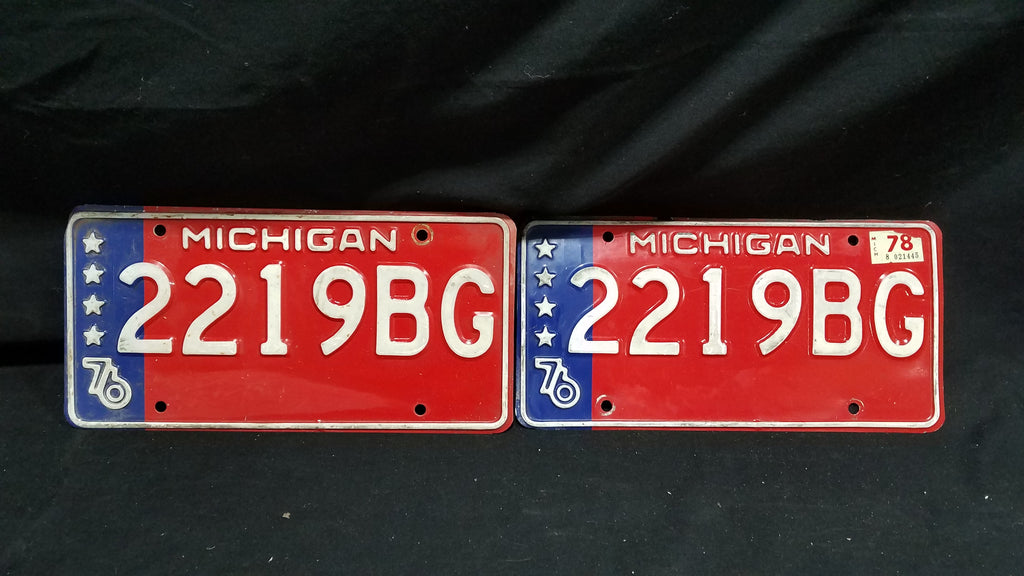 Michigan 1976 Bicentennial Matching Number 2 plates
