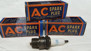 Rare Vintage 3 AC 87-S Spark plugs in Original Boxes