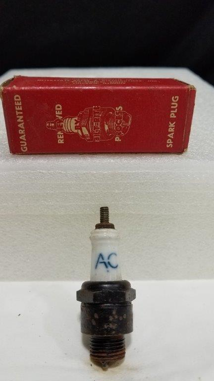 Rare Vintage AC 44 Spark Plug in Renewed by Bilt-Rite Process Box