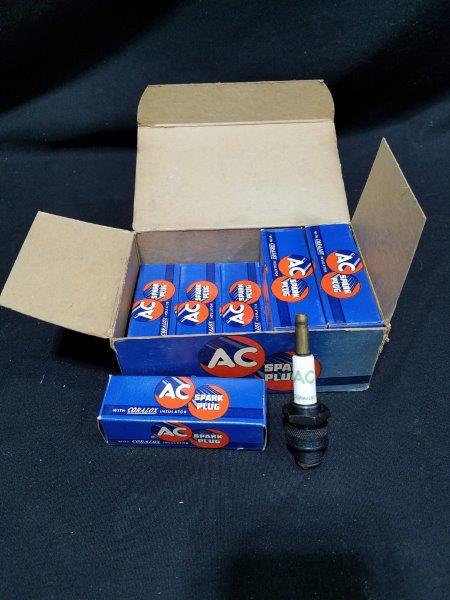 "AC Coralox 48 Spark Plugs in Original Boxes (lot of 8) 14mm 13/16"" Hex"