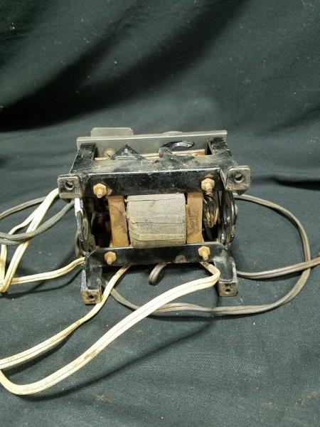 Vintage Holmes Electric Manufacturing AC Charger
