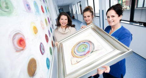 dawn crothers with staff at belfast childrens hospital