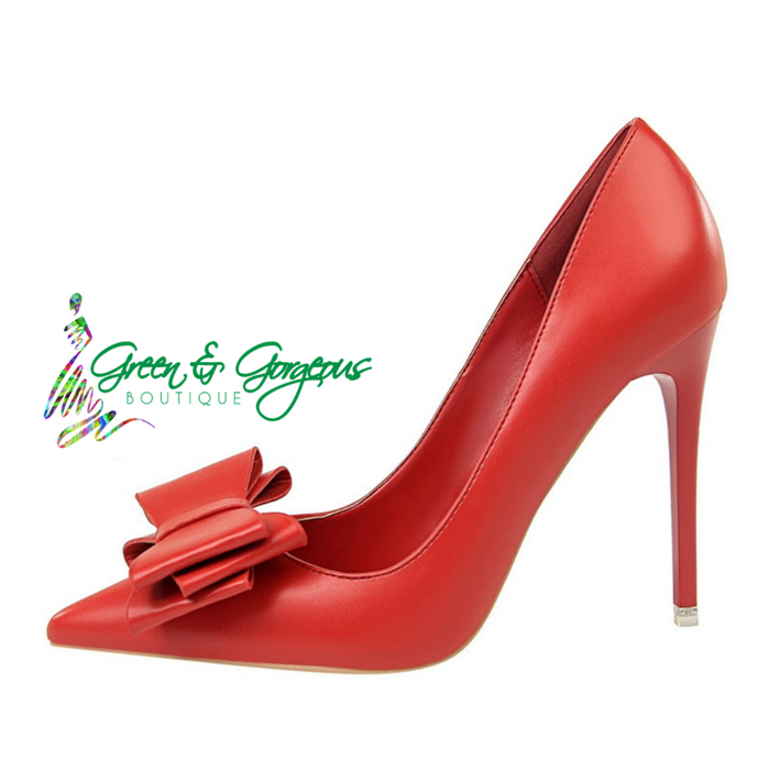 "ROSES ARE RED COLLECTION | ""Miss DollBaby"" Classic Red Heels"