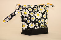 Project Bag - Please don't eat the daisies