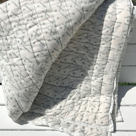 Proud Mary for Tilonia® King Quilt in Criss Cross in Grey