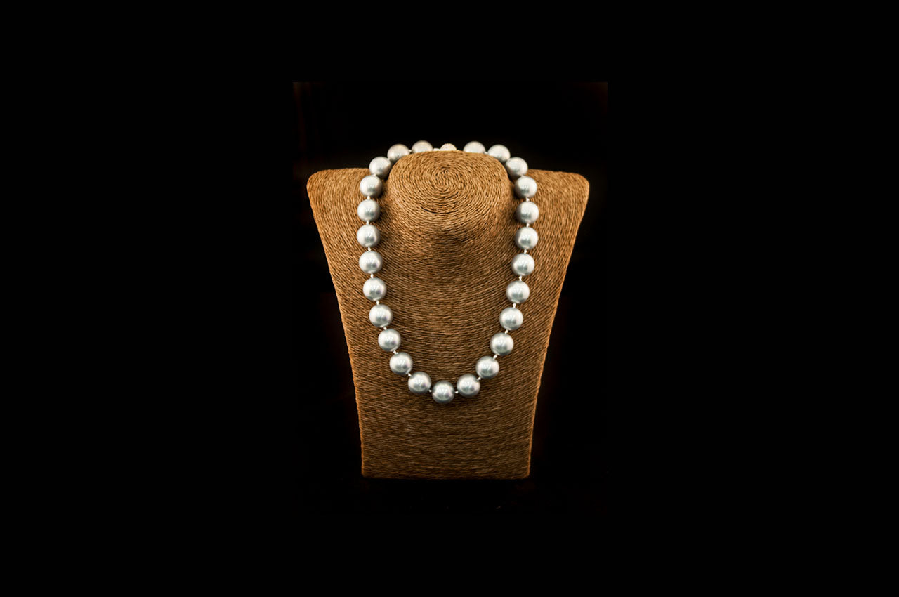 6600NE057 - Grey Crushed Pearl Necklace