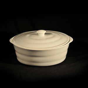 HCCH4718 - White Covered Casserole