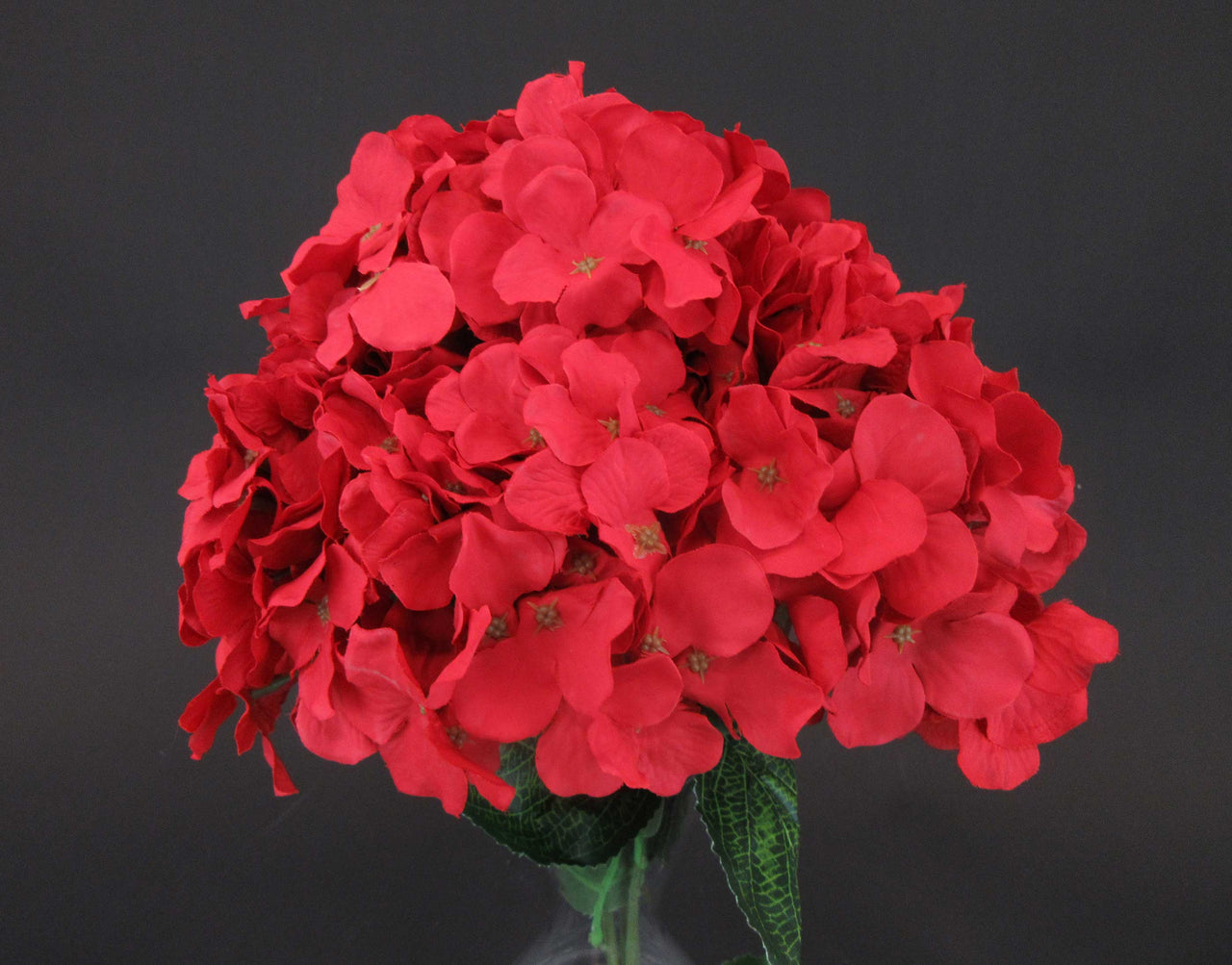 Hcfl5895 Red Hydrangea Bouquet Classic Designs