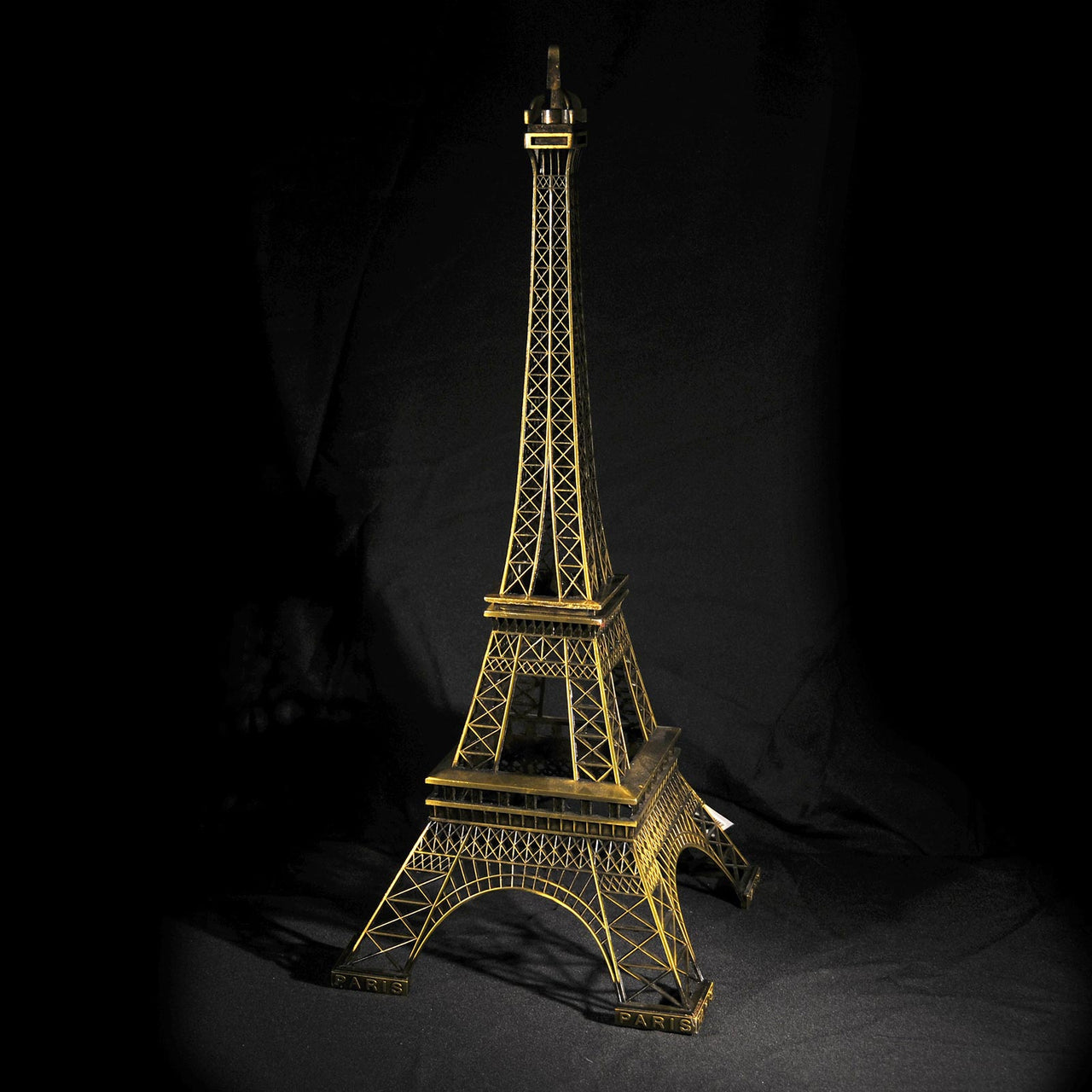 HCHD5000 - Eiffel Tower - 24""