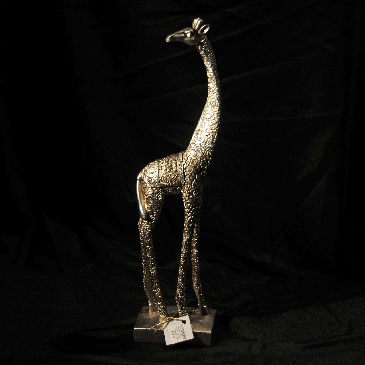 HCHD5060 - Silver Giraffe Facing Left