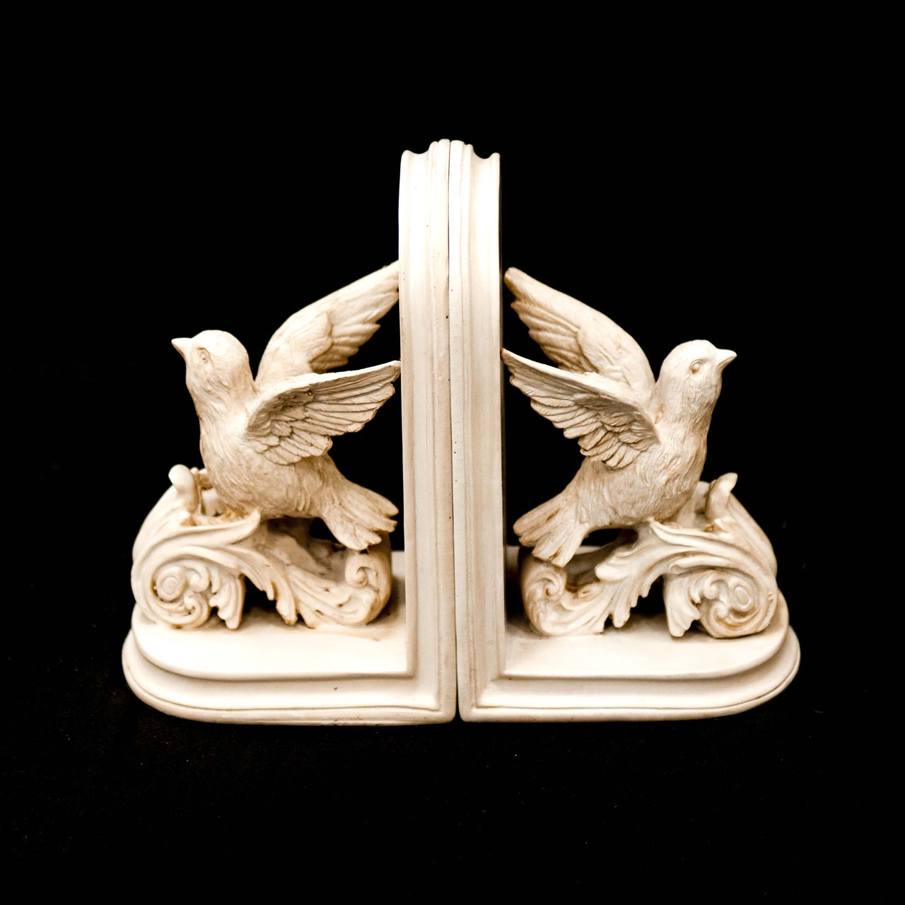 HCHD5227 - Dove Bookends