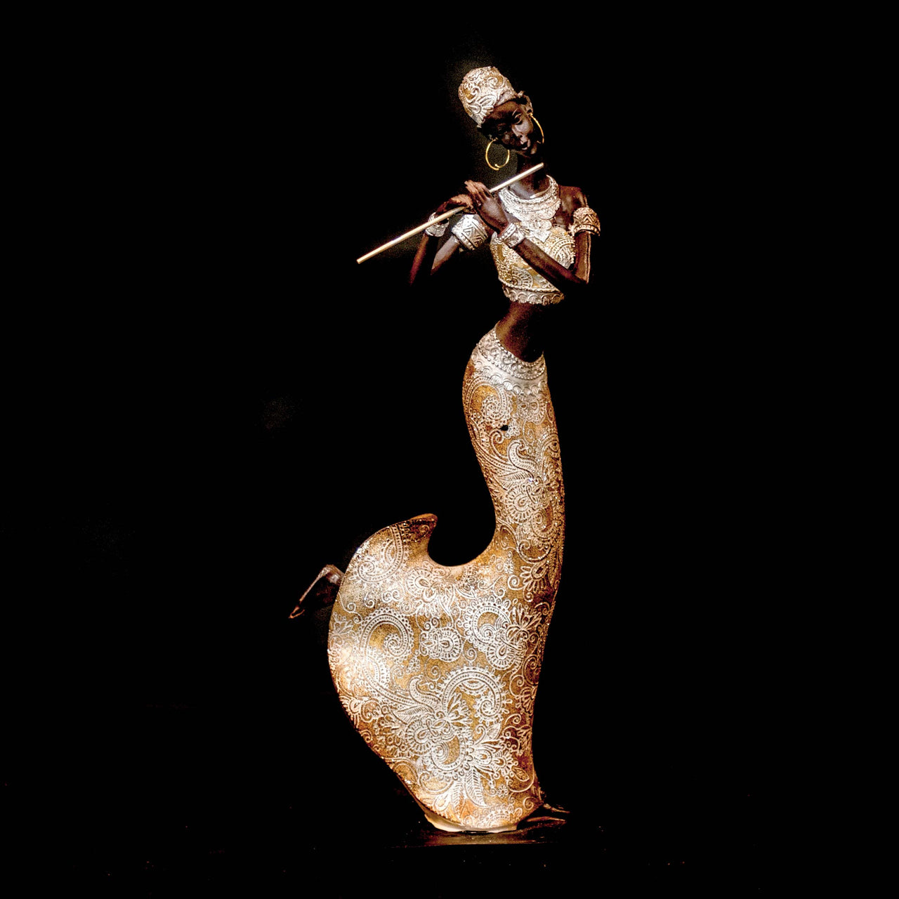 HCHD5401 - African Lady with Flute