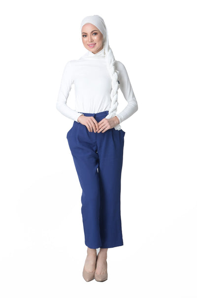 Complementing Confidence Tapered Pants