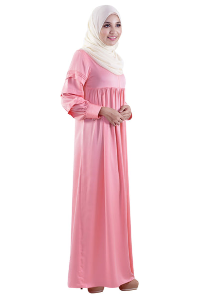 Dancing in Pleats Jubah