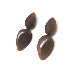 BROWN HORN EARRINGS