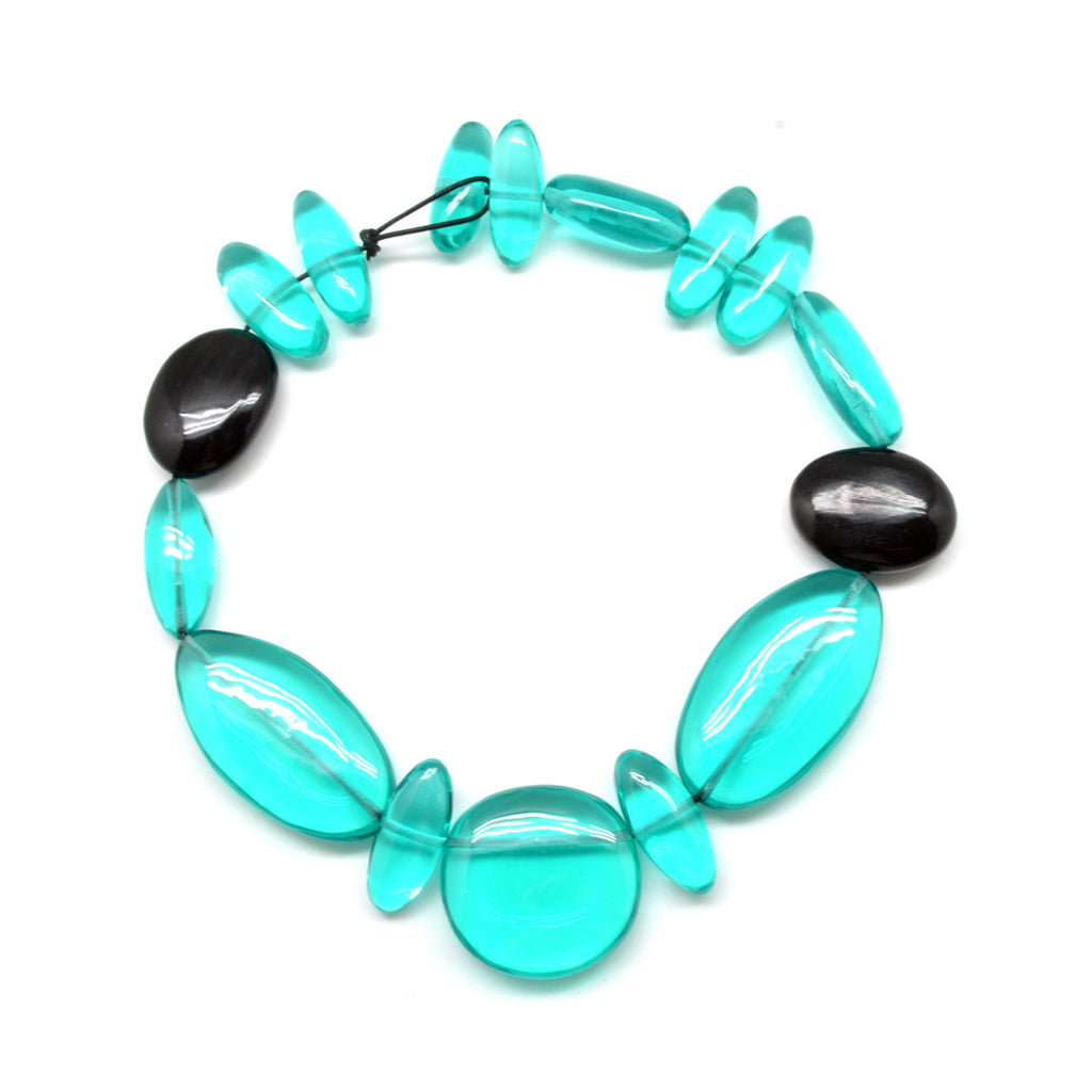 Resin Cabochon Collar Necklace