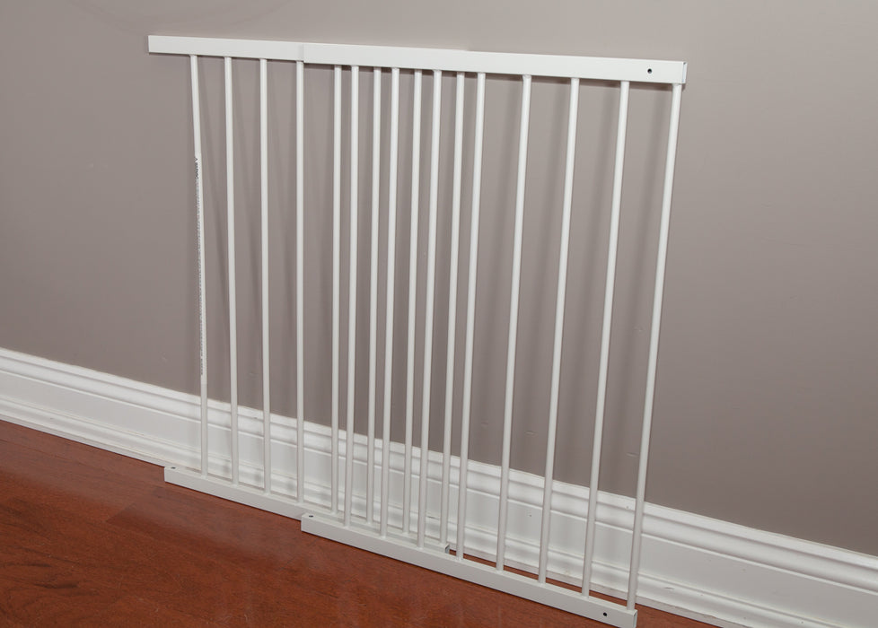 KidCo Angle Mount Safeway Baby/Child Gate | White & Black