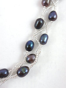 Black Pearl Necklace with Crystals