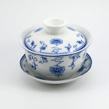 Classical Flowers and Ivy Gaiwan