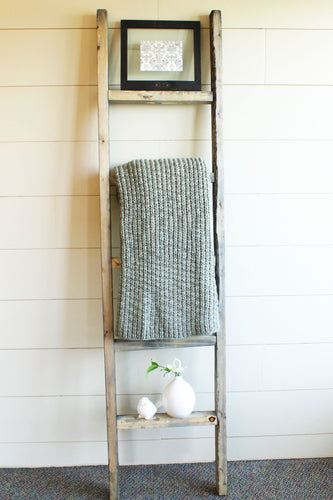 Decorative Gray Wall Ladder Set