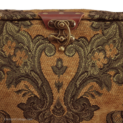 Small Lodema Handbag (Close up)
