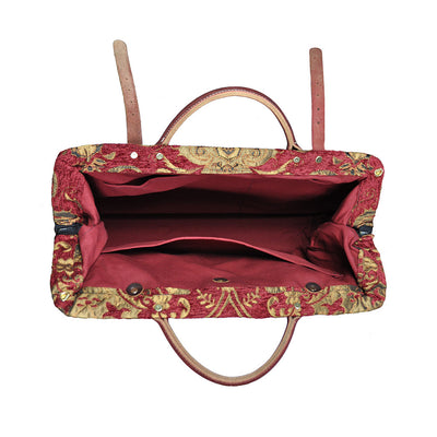 Large Victorian Traveler Carpetbag - Queen Anne (Inside View)