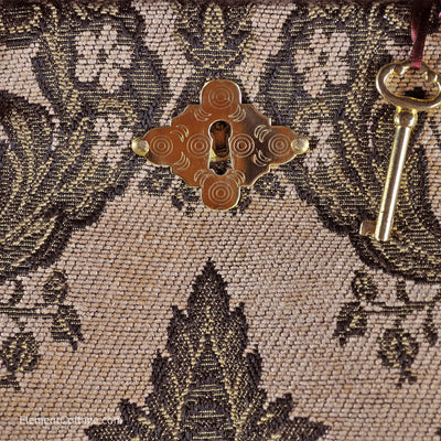 Authentic Victorian Carpetbag - Beige and Green (Close up)