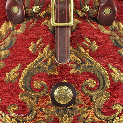 Small Victorian Traveler Handbag - Queen Elizabeth (Close up)
